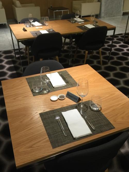 Qantas Lounge @LAX - Table Set